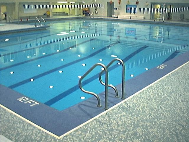 LEARN TO SWIM LESSONS - Kids & Youth