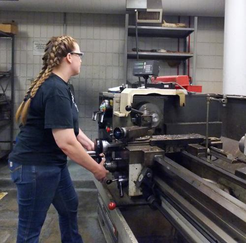 Recruiting for Step Up for Women Advanced Manufacturing Pre-Apprenticeship
