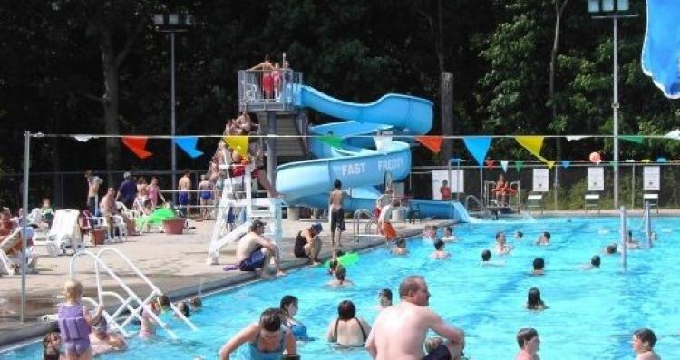 Forest Park Aquatic Center Opens