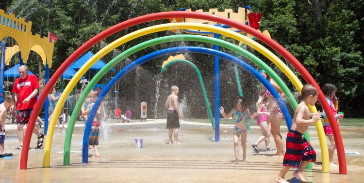 Splash Pads Open - Holland Park & Billericay Park