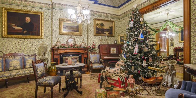 LIVE! Family Christmas at Benjamin Harrison Presidential Site
