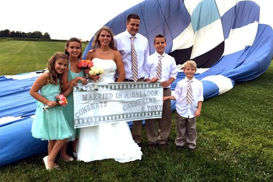 Get Married in a Balloon with Midwest Balloon Rides!