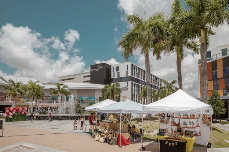 Bazaar Under The Palms at CityPlace Doral