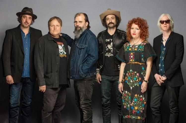 Steve Earle and The Dukes- 30th Anniversary of Copperhead Road