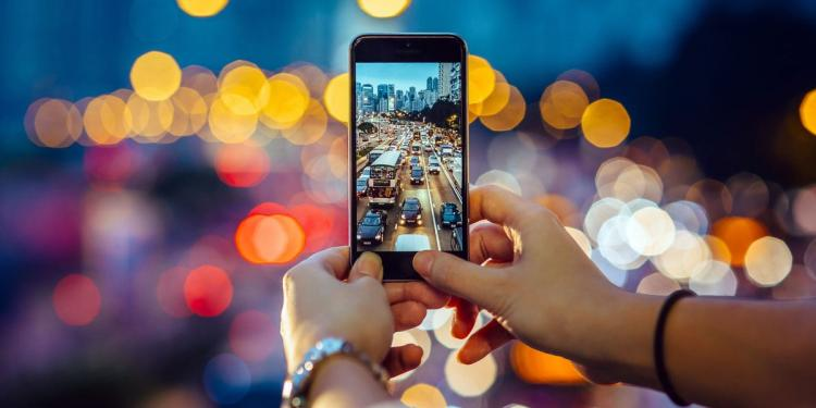 Intro to Digital Phone Photography (Lake Bluff Public Library)