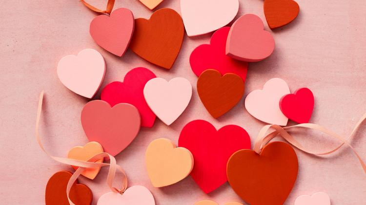 Valentine's Day Drop In Craft (Lake Bluff Public Library)