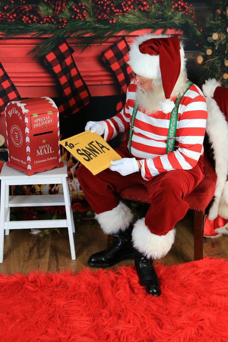 Robbinsdale - Santa's Coming to Town- Children's Holiday Party