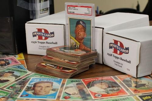 SPORTS CARD & COLLECTIBLE CARD SHOW