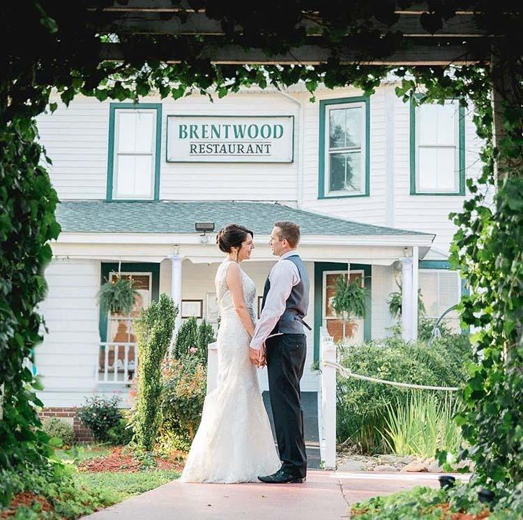 Book your Wedding Reception at The Brentwood Restaurant - Historic Wedding Venue