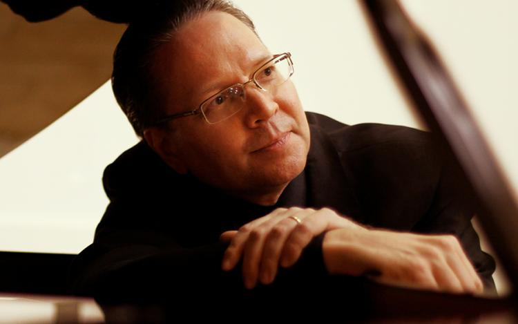 Rhapsody in New with Eric Olsen, Investors Bank Theater, 7:30 pm