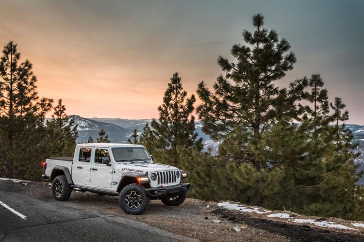 Experience the Jeep® Brand at Jack's Surfboard Pro