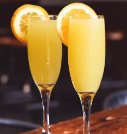 $10 Bottomless Mimosas Ev. Sat & Sun Brunch at Bar Louie Broadway at the Beach