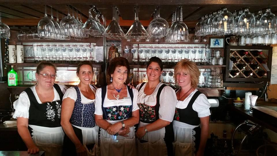 Live Accordian Music Every Thurs., Fri., & Sat. at Horst Gasthaus German Rest.
