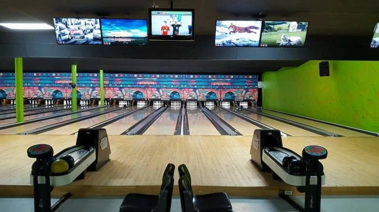 Memory Cafe - Fox's Bowling Alley