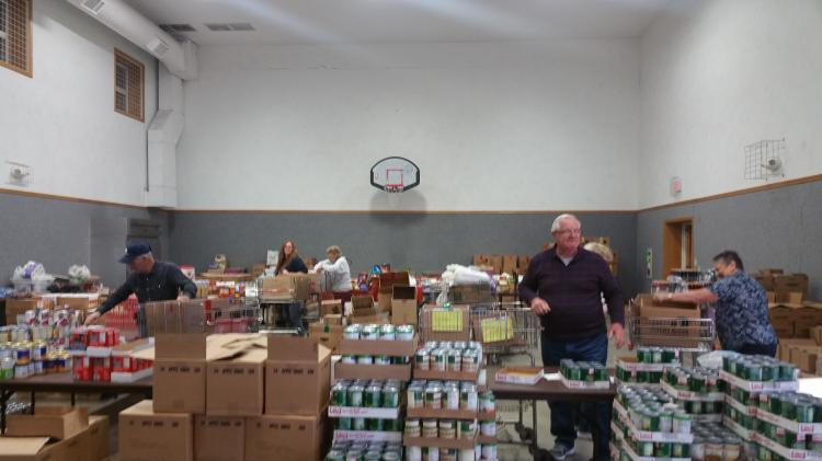 Everett Food Pantry distribution