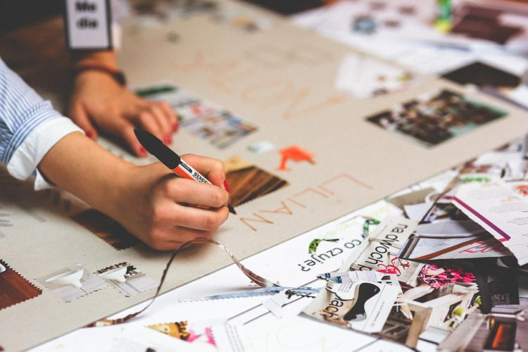 VISION BOARD EXPERIENCE WORKSHOP