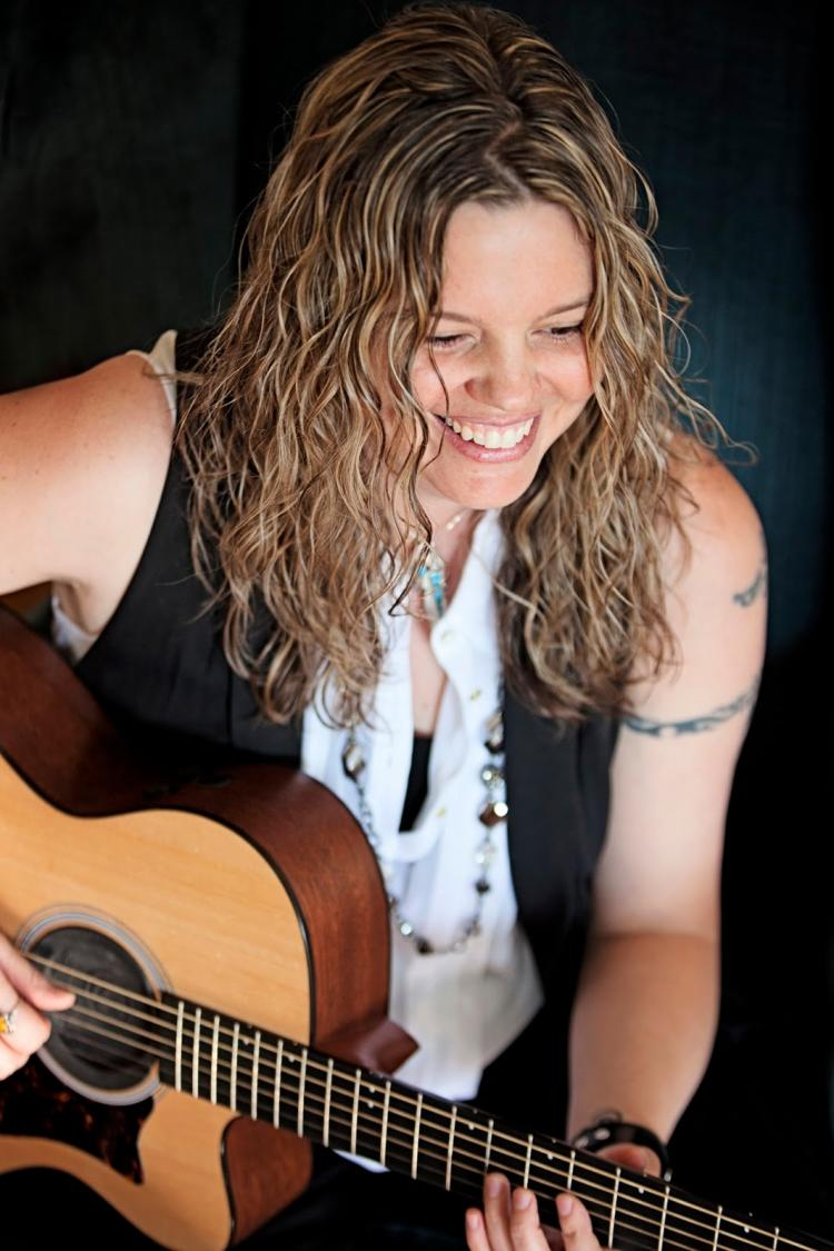 Sisters in Song - Studio Sessions at LCCC