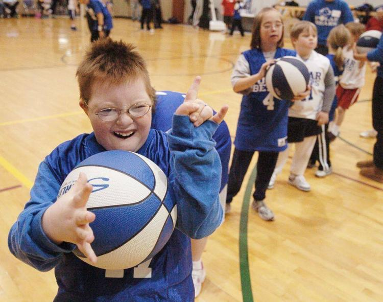 Register For CSRI Wednesday Basketball Program