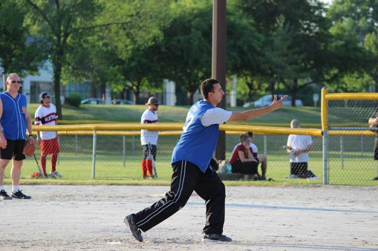 Register For Sunday Adult Softball Sessions