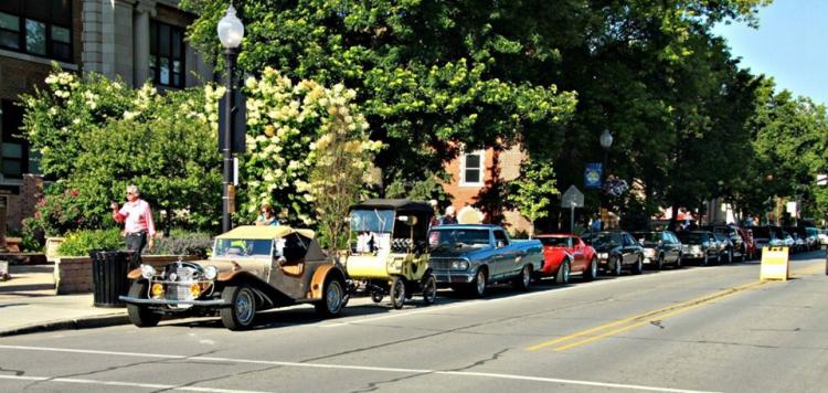 Cruise Night in Downtown Whiting