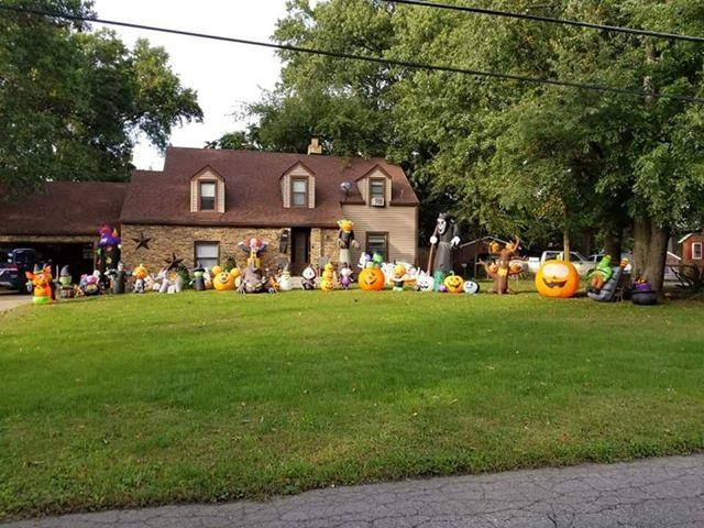 Decorated Halloween Home- 6062 Mulberry Ave, Portage