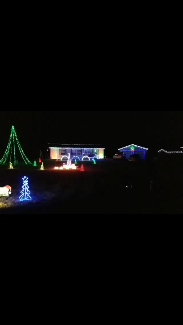 Decorated Christmas Home- 5174 N US 231 Rensselaer