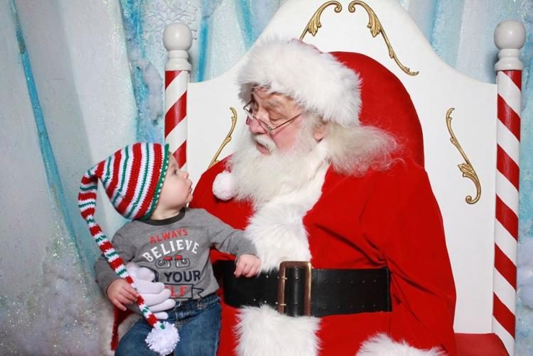Photos With Santa at IN Welcome Center