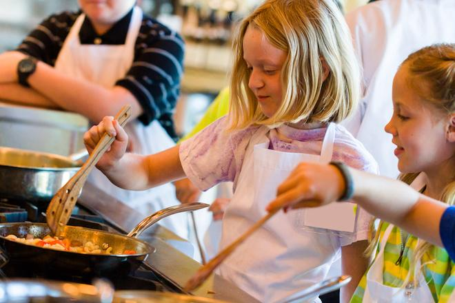 VALENTINE COOKING CLASS (Ages 7-13)