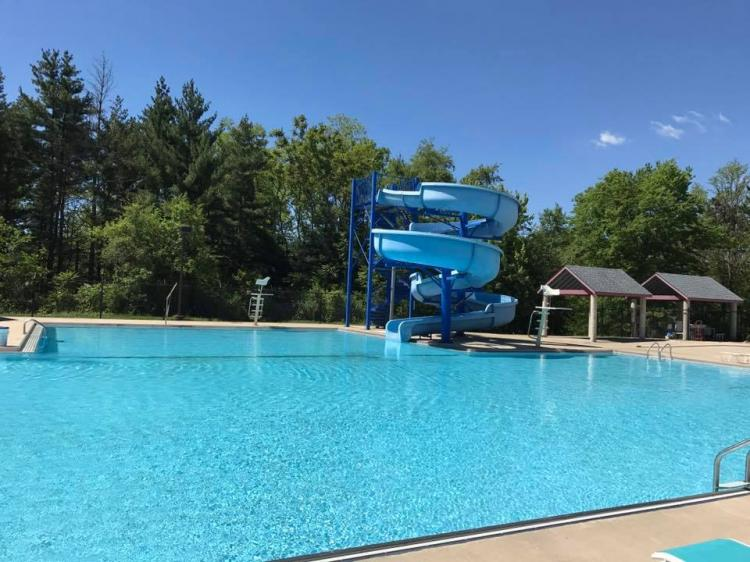 Riverview Water Park & Pool in Lake Station