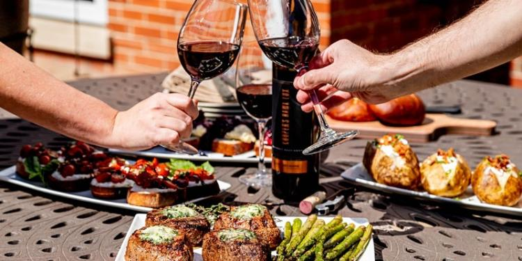 Father's Day Grill Kit by Cooper's Hawk Winery - Order by June 16th!