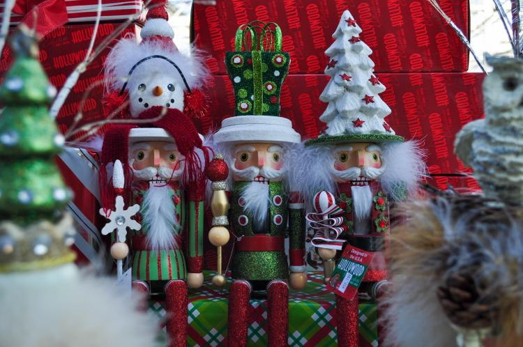 Small Business Saturday Deals at Lynde Greenhouse & Nursery