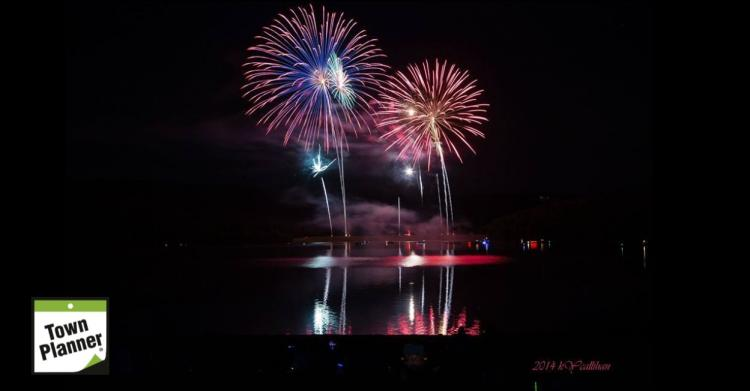 Fireworks on the Lake, Shawnee State Park