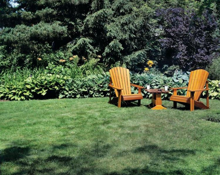 How to Build an Outdoor Adirondack Chair and Table for
